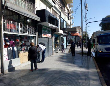 LINIERS: EL LUNES PRÓXIMO REABREN LOS LOCALES DE LA AVENIDA RIVADAVIA