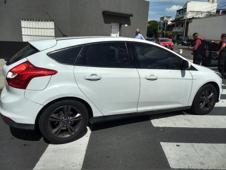 Mataderos: robó un auto e intentó escaparse a los tiros