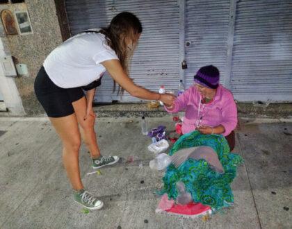 El drama de subsistir en la calle haciendo equilibrio con la vida